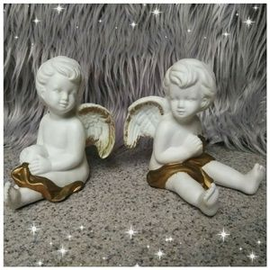 Other - Beautiful ceramic angel set with gold trim